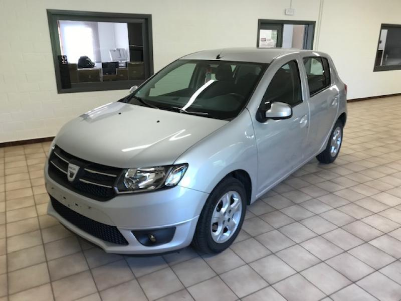 Dacia Sandero LAUREATE  4/5 Portes